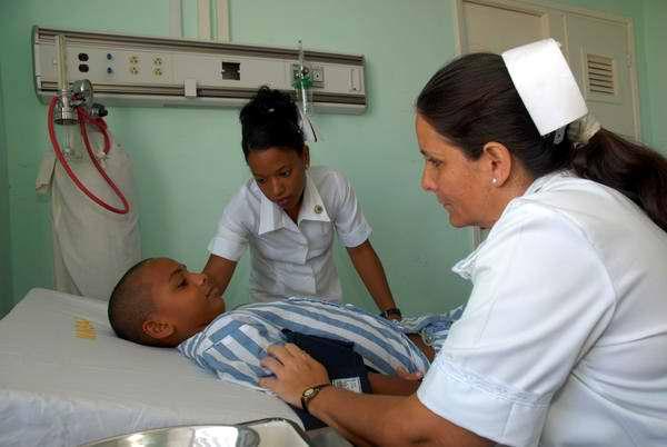 20130504144042-enfermeras-cubanas.jpg