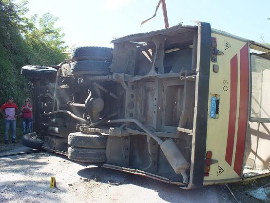 20131108210511-20131104173051-0-accidente4.jpg